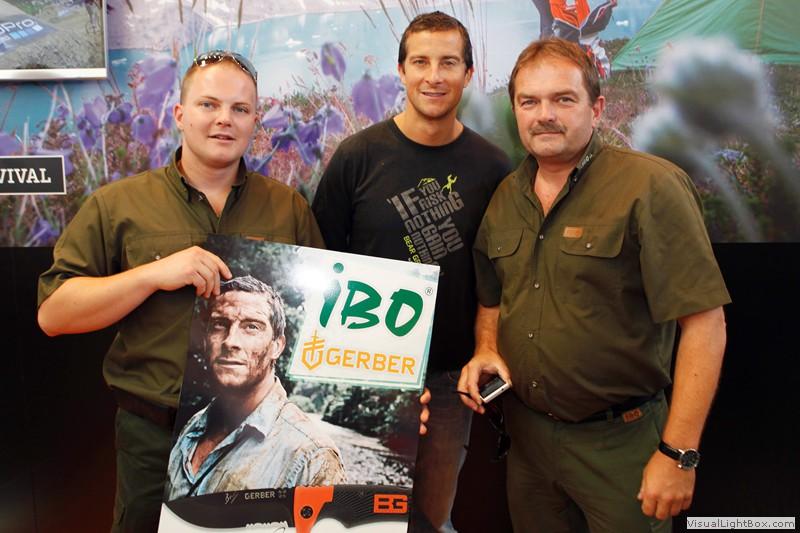 Zástupci naší firmy IBO CZ na setkání s Bear Gryllsem